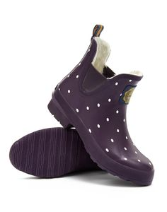 Joules Womens Ankle Welly, Violet Spot. Classic, practical and stylish. These ankle boot wellies are here so that every outdoor adventure (no matter how big or small!) can be enjoyed in comfort and style.