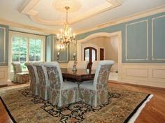 A Tiffany blue dining room?!