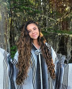 Long Brown Hair, Long Hair Cuts, Summer Hairstyles, Pretty Hairstyles, Long Wavy Haircuts, Camila Gallardo, Natural Waves Hair, Curly Hair Styles, Natural Hair Styles