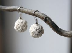 White Paper Yarn Earrings by PaperPhine on Etsy, €22.00