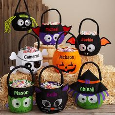 Spooky Plush Reflective Halloween Treat Basket w/personalization! I love these treat bags! With all the adorable designs, it's sure to make all the kiddos feel special this Halloween! Dulces Halloween, Casa Halloween, Adornos Halloween, Pirate Halloween, Halloween Birthday, Diy Halloween Basket, Halloween Treat Bags, Halloween Gifts, Happy Halloween