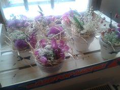 Luční květy- moje práce včetně nabílených květináčků