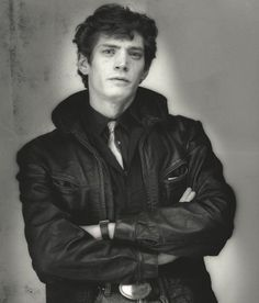 Portrait of Robert Mapplethorpe, New York … 1984 … by Gilles Larraín … Black And White Portraits, Black And White Photography, Robert Mapplethorpe Photography, Still Life Images, Celebrity Portraits, Famous Photographers, Ansel Adams, My Favorite Image, Famous Artists