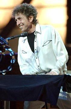 55- Bob Dylan smile