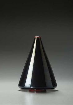 "CARLO SCARPA, ""flashed"" glass vase, model no. 5971, ca. 1930. Produced by Maestri Vetrai Muranesi Cappellin & C., Italy."