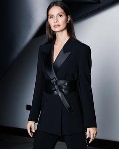 Vogue, Instagram Posts, Jackets, Women, Winter 2017, Blazers, Fashion, Down Jackets, Moda