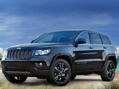 2012 Jeep Grand Cherokee Laredo - As Chrysler's 2011 Rookie of the Year, Jeep's 2012 Grand Cherokee makes its way into its sophomore period with small enha Jeep Grand Cherokee Laredo, 2013 Jeep Grand Cherokee, Jeep Grand Cherokee Limited, 2014 Jeep Patriot, 2012 Jeep, Cadillac Escalade, Dodge Charger, Black Jeep, Chrysler Dodge Jeep