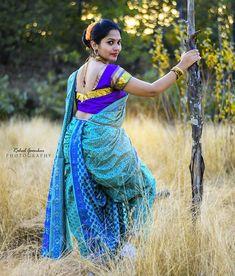 Beautiful Women Over 40, Beautiful Girl Photo, Beautiful Girl Indian, Beautiful Saree, Beautiful Indian Actress, Marathi Saree, Marathi Bride, Kashta Saree, Jamdani Saree