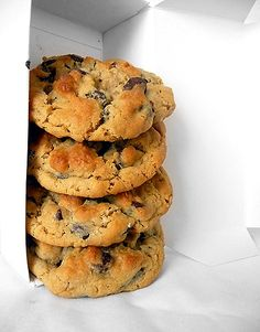 Peanut Butter-Oatmeal Chocolate Chip Cookies - Dangerously Delicious - My new FAVORITE cookie (Brown Eyed Baker)