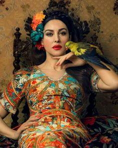 Artist: Monica Belluci {figurative woman parrot portrait oil painting} Regal !!
