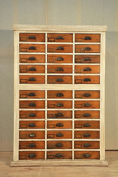 fly tying organizer - I found this on a fishing site - but it is a great idea for so many other things as well.
