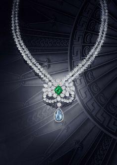 Graff Le Collier Bleu de Rêve – Featuring a 10.47 carat Fancy Vivid Blue Internally Flawless briolette diamond drop and a 4.22 carat lozenge cut Colombian emerald.