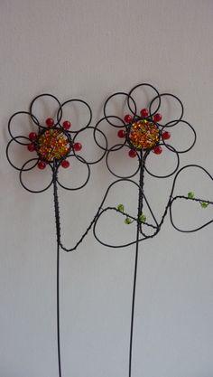 """<span>květina-zápich   <a href=""""http://img.flercdn.net/i2/products/4/2/9/203924/5/8/5889741/akkqjxwospvpvh.jpg"""" target=""""_blank"""">Zobrazit plnou velikost fotografie</a></span>"""