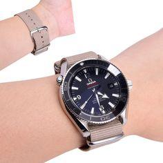 fe8756e43 Ritche 4PC 20mm NATO Strap Nylon Watch Band Replacement Watch Straps for Men  Women * Click