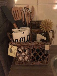 Chocolate Cookies, The Hamptons, Kitchen Decor, Sweet Home, Basket, Tableware, Interior, Ideas, Wicker