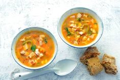 Recepten - Allerhande - Albert Heijn Best Soup Recipes, Dinner Recipes, Healthy Recipes, Healthy Food, Homemade Soup, 20 Min, Yummy Snacks, Soups And Stews, Good Food
