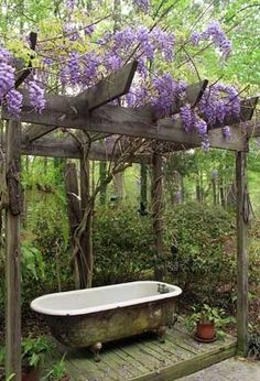Enjoy the beauty of nature with your bath.