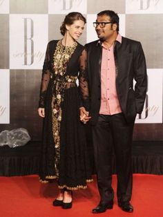 If you follow B-town fashionistas closely, you'll notice what a big rage Anarkali dresses are at the moment. From newbies like Parineeti Chopra and Kalki Koechlin to veteran actresses such as Madhuri Dixit and Juhi Chawal, everyone is donning them. Let's find out who rocks this classic outfit and who doesn't.