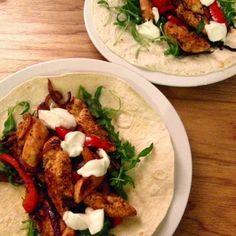 Hairy Dieters fast chicken fajitas - http://www.mytaste.co.uk/r/hairy-dieters-fast-chicken-fajitas-25612942.html