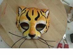 mascara-felino