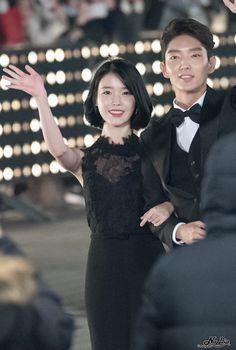 161231 IU & Lee Joon Gi @ 2016 SAF Drama Awards Red Carpet by Nadia