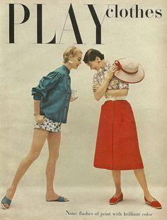 Play clothes 1954 膨らんだ形のシャツ(明るい色・靴と揃えてる) ショートパンツ スカートの形