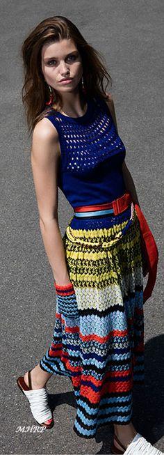 Summer Knitwear Inspiration Missoni Resort 2018 Fashion Show Collection Fashion Mode, Fashion 2018, Fashion Week, Runway Fashion, Knitwear Fashion, Knit Fashion, Boho Fashion, Missoni, Estilo Street