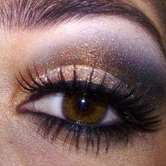 Brown gold smoky eye