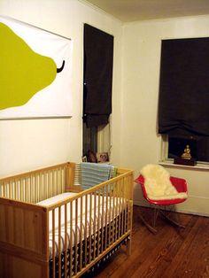 Eames Rocker-pinned by http://www.auntbucky.com  #kids #baby #nursery #eames #midCentury