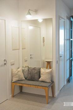 Trendy Apartment Entryway Ideas Narrow Hallways Entry Ways Entry Way Decor Small Entryways, Small Hallways, Entryway Mirror, Entryway Decor, Entryway Ideas, Hallway Ideas, Small Apartment Entryway, Small Entryway Bench, Closet Mirror