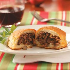 Shredded Beef Wellington with Madeira wine sauce Mini Beef Wellington, Individual Beef Wellington, Beef Recipes, Cooking Recipes, Beef Meals, Recipies, Beef Chuck Roast, Stuffed Mushrooms, Stuffed Peppers