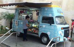 Destemperados - Cara, Cadê meu Brigadeiro? Food Trucks, Kombi Food Truck, Kombi Motorhome, Bus Camper, Volkswagen Transporter, Vw T1, Ice Cream Car, Mobile Food Cart, Food Cart Design