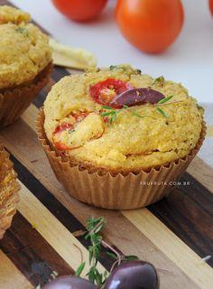 Muffin Salgado de Tomate com Azeitona Saudável - Sem Glúten, Sem Lactose, Vegano   Receita   Pati Bianco   Fru-fruta