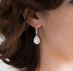 Teardrop Crystal Earrings Cubic Zirconia Earrings Wedding Crystal Earrings Pear Shaped Bridal Earrings Wedding Earrings Ref JANETTA Prom Earrings, Bride Earrings, Wedding Earrings Drop, Prom Jewelry, Jewelry For Her, Bridesmaid Earrings, Crystal Earrings, Wedding Jewelry, Silver Earrings