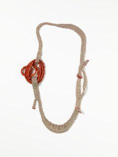 Ria Lins - Beadred - silver & thread