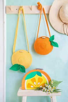 Diy citrus rope purse - cute accessory for summer - would you try it? Diy Craft Projects, Craft Tutorials, Diy And Crafts, Sewing Projects, Arts And Crafts, Crochet Diy, Diy Couture, Diy Purse, Girls Accessories