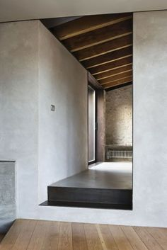 expensivelife™-hallway