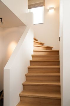 holz A rural home with Arkana timber frame construction - Home Dekoration Stairs Window, Wood Stairs, Basement Stairs, House Stairs, Stair Railing, Staircase Handrail, Timber Window Frames, Log Cabin Kitchens, Mountain Home Exterior