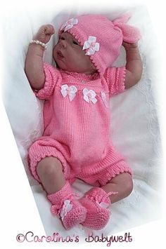 Baby Boy Knitting Patterns, Baby Cardigan Knitting Pattern, Knitting For Kids, Baby Patterns, Baby Dolls, Baby Doll Clothes, Reborn Dolls, Reborn Babies, Knitting Dolls Clothes