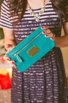 Love the gold + turquoise.
