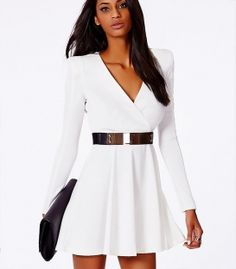 Dress with flared skirt and shoulder pads 80 years '