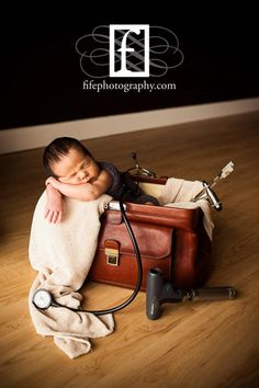 Beautiful!  Doctor bag. By Fife Photography