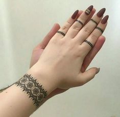 Latest Collection Of Mehandi 2020 Henna Hand Designs, Eid Mehndi Designs, Mehndi Designs Finger, Henna Tattoo Designs Simple, Mehndi Designs For Girls, Mehndi Designs For Beginners, Modern Mehndi Designs, Mehndi Design Pictures, Mehndi Designs For Fingers