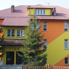 TOUCH ten obraz: Moja szkoła dawniej i dziś #JuniorMedia Aleksandra Cudek by WRÓBELEK