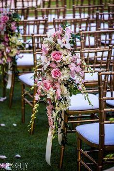 Wedding ceremony idea; Photo: Ben and Kelly Photography, Planner: BTS Event Management Wedding Isles, Mod Wedding, Wedding Isle Decorations, Table Decorations, Maui Weddings, Rustic Weddings, Wedding Chairs, Crystal Wedding, Wedding Venues