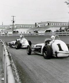 Foyt & Andretti - Hoosier 100/1966 - Gene Crucean photo -