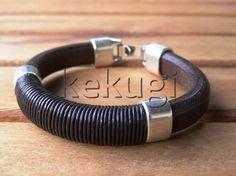 Pulseras de cuero negro, hombre negro pulsera, pulseras de cuero para hombre, pulseras para hombre, pulseras negras, pulseras de cuero, pulseras de plata