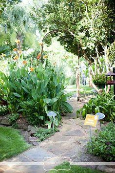 Secret Garden Ceremony | Hummingbird House | #Austin | See more: http://www.weddingwire.com/biz/hummingbird-house-manchaca/portfolio/2d441af785d8b11b.html?page=11&subtab=album&albumId=0fca2700f641e619#vendor-storefront-content