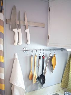 9 Crafty Ways to Organize Kitchen Utensils