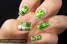 "124. ""St Patrick's Day"" ~  IDR 70.000 (without nail glue) ~ IDR 75.000 (with nail glue 2gr) *belum termasuk ongkos kirim* ~ Customizable color, nail shape, and nail length ~ Shipped from Jakarta ~ Line/kakao: victoriaoen ~ Instagram: @vicsfakes ~ Facebook: www.facebook.com/vicsfakes ~ Email: vicsfakes@hotmail.com"
